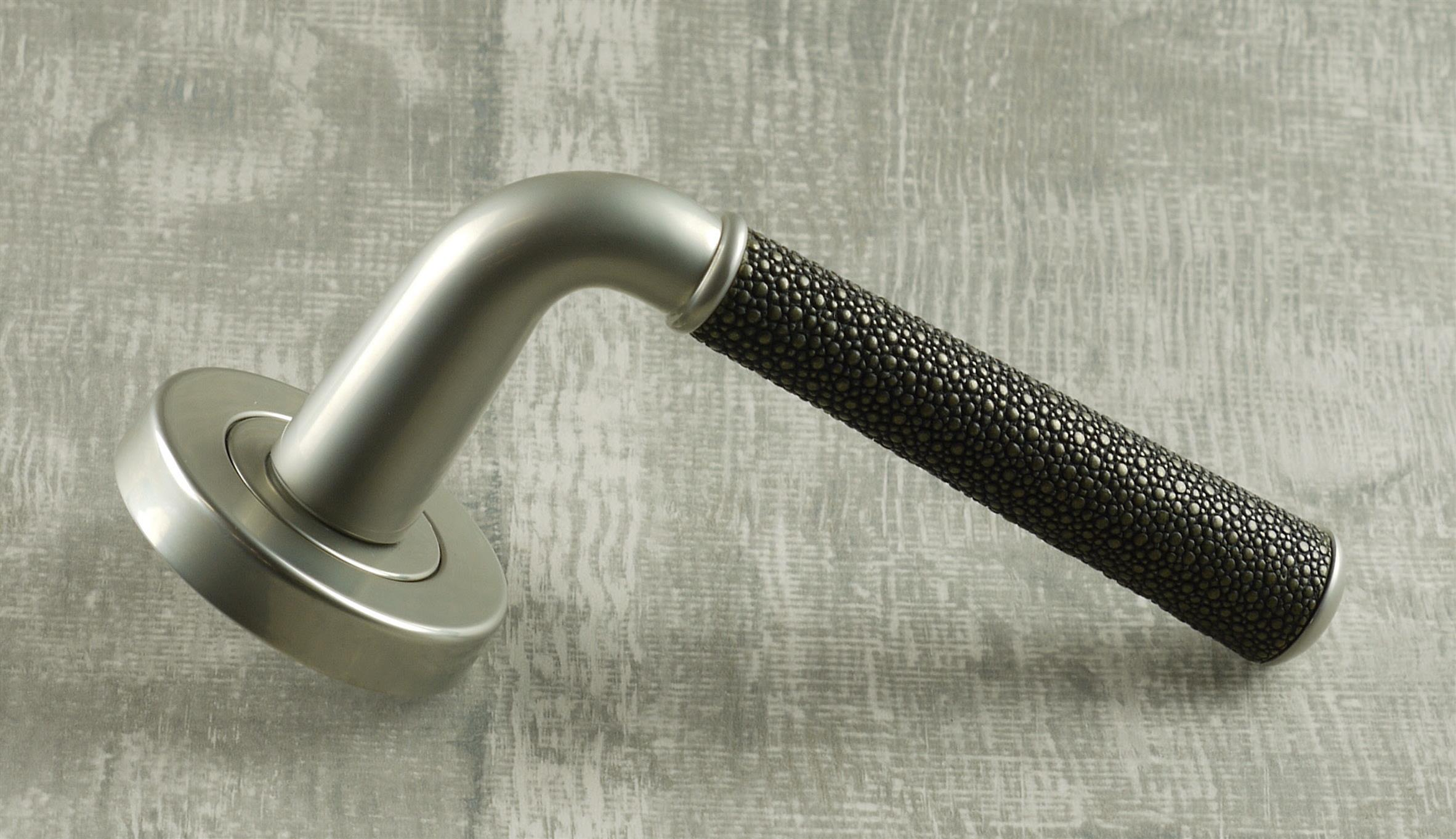 Shagreen tube handle and pulls of  Ebony